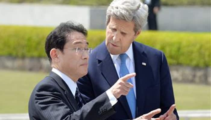 John Kerry pays landmark visit to Hiroshima atomic bomb memorial