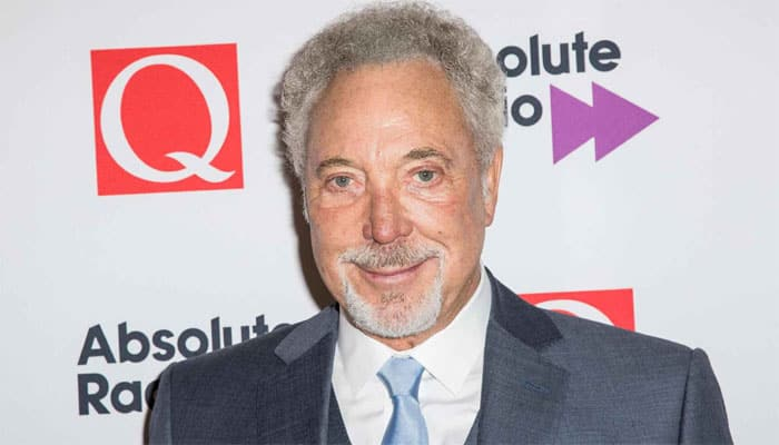 Tom Jones' wife dies from cancer
