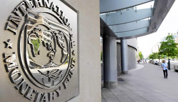IMF says financial stability risks rising, urges bank asset repair