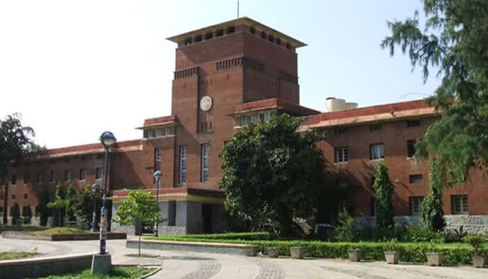 Manusmriti burnt in Delhi University, three students detained