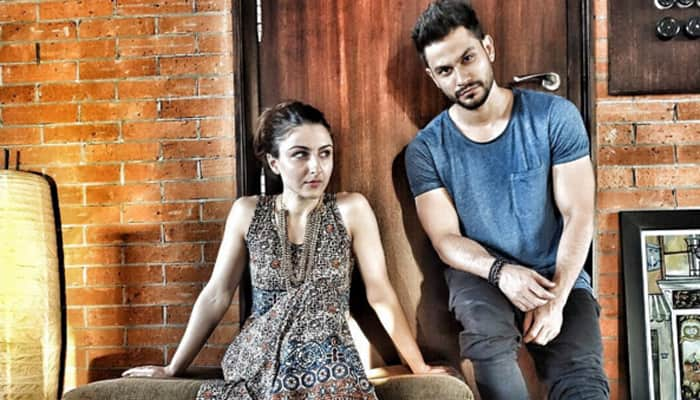 Kunal Kemmu breaks his silence on divorce rumours! Check out his epic reply