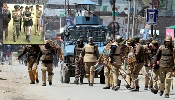 Handwara fallout: CM Mehbooba visits victims' kin as tension prevails in J&K, HC questions 'detention' of girl