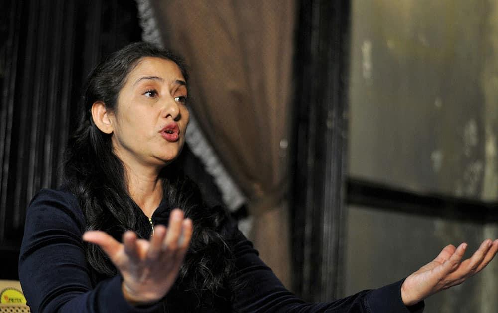 Actress Manisha Koirala addressing media persons in Shimla.