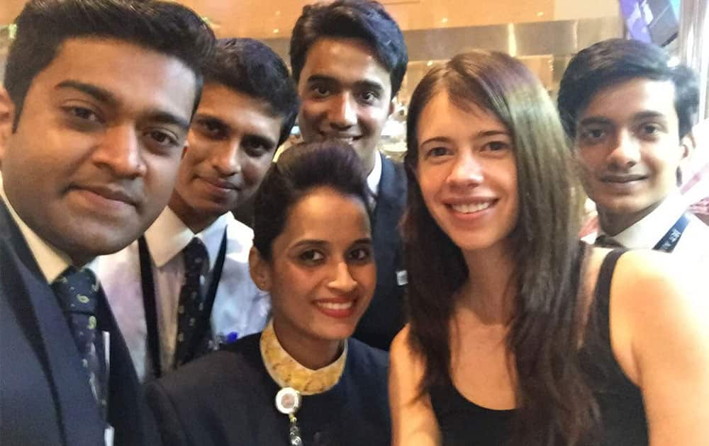 Kalki Koechlin :- Thanks @jetairways for going out of the way to help with my lost luggage. -instagram