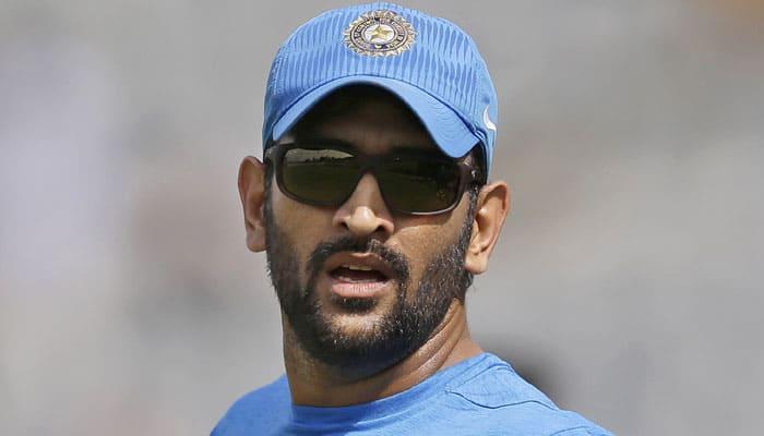 IPL 2016, RPS vs RCB: Harsha Bhogle takes a dig at Mahendra Singh Dhoni after uncharacteristic knock