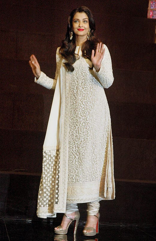 Bollywood Actor Aishwarya Rai Bachchan during the promotion of her new film Sarabjit at a TV show set.