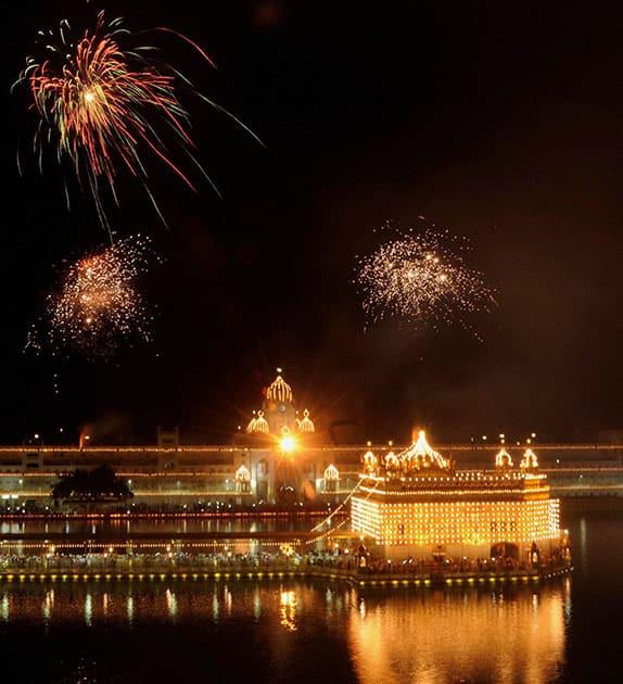 Fireworks at Golden temple to mark the 463rd Birth Anniversary of the fifth Guru Arjan Dev Ji, in Amritsar.