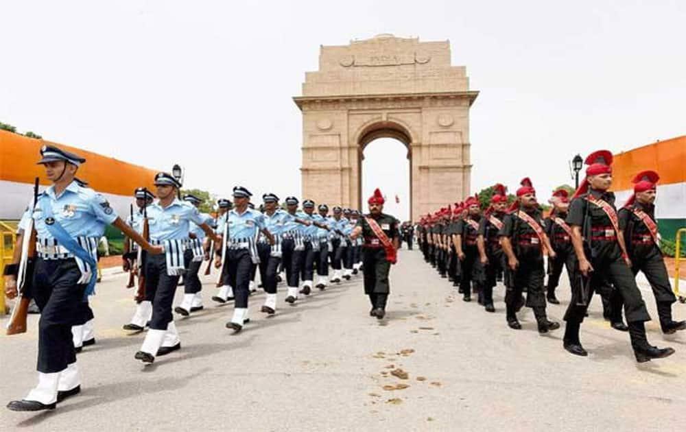 2. Delhi (13.1% of GDP)