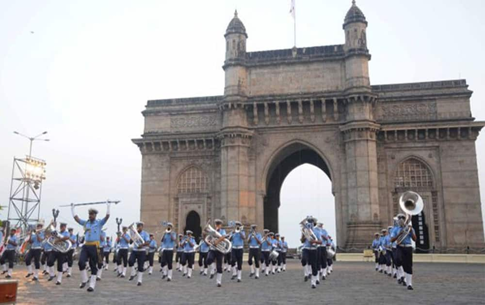 1. Maharashtra (39.9% of GDP)
