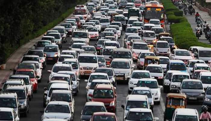 Diesel, petrol cabs go off roads in Delhi, owners warn of suicides