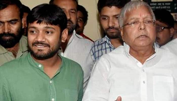 Twitter explodes with reactions over Kanhaiya Kumar touching Lalu's feet - Viral picture inside