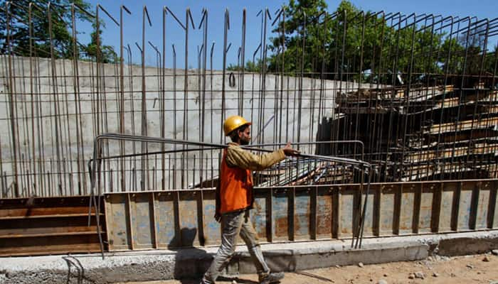 IMF retains India growth forecast at 7.5% for 2016, 2017