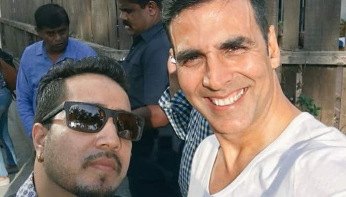 Know what Mika Singh has to say about Akshay Kumar