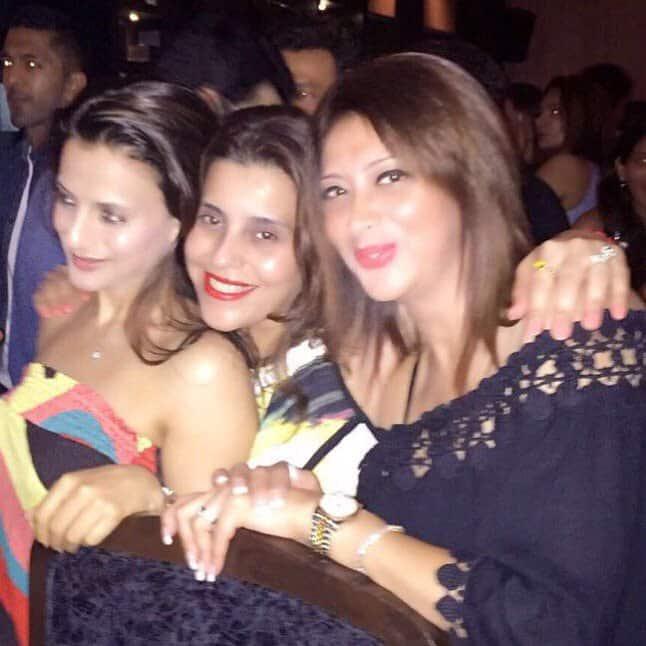 ameesha patel :- Girls n their besties at Manoj bday party last night -twitter