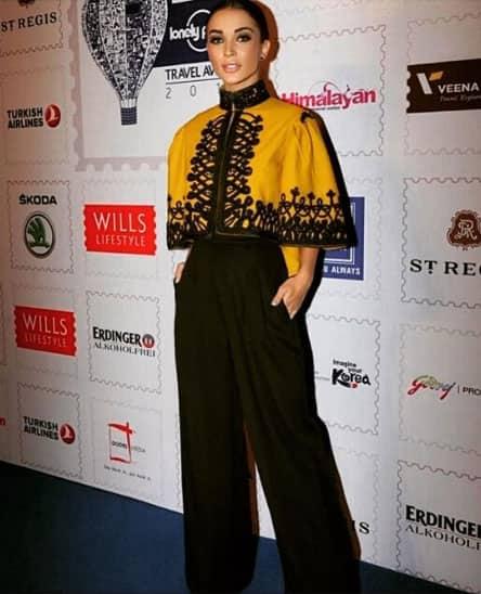 Walking the blue carpet for Lonely Planet Awards last night | makeup @jacobsadrian | hair @aasifahmedofficial | styling @theanisha wearing @pankajandnidhi | shot by @bollywoodjammer - Instagram@iamamyjackson
