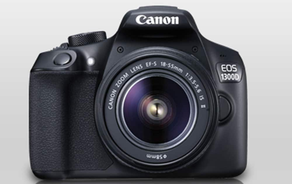 Canon EOS 1300D priced at Rs 25,990 (Flipkart). It comes with 18MP 22.3 x 14.9 mm, APS-C CMOS sensor,Fixed 3? 920k-dot display,100-6400 ISO, battery-500 shots.