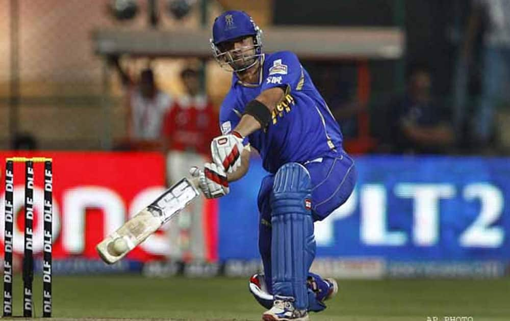 England All-rounder Owais Shah took just 19 delIveries to breach the 50 run barrier against the Royal Challengers Bangalore in the Chinnaswamy Stadium in the 2012 edition of the IPL.