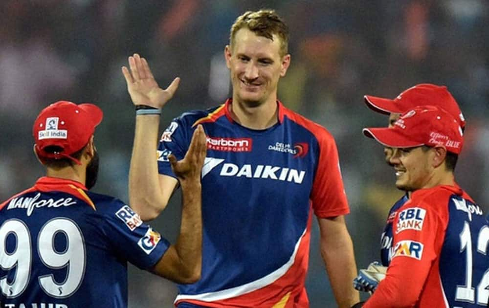 All-rounderChris Morris also needed 17 deliveries to cross the fifty runs barrier for the Delhi Daredevils against the Gujrat Lions at the Ferozshah Kotla in New Delhi.