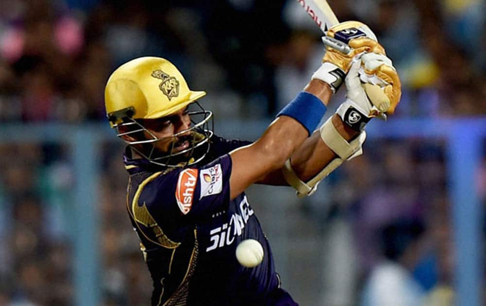 Indian wicket-keeper Robin Uthappa took just 19 balls to breach the fifty run mark for the Royal Challengers Bangalore against the Kings XI Punjab at the Chinnaswamy Stadium in Bangalore.