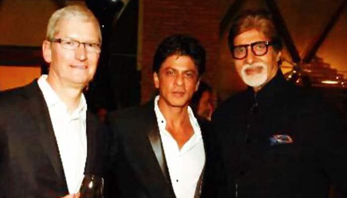 Shah Rukh Khan meets Apple CEO Tim Cook, throws lavish B-Town bash! See pics