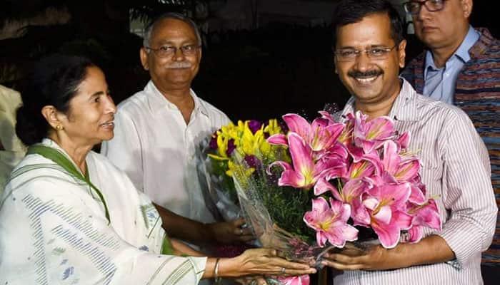 Delhi CM Arvind Kejriwal congratulates Mamata Banerjee