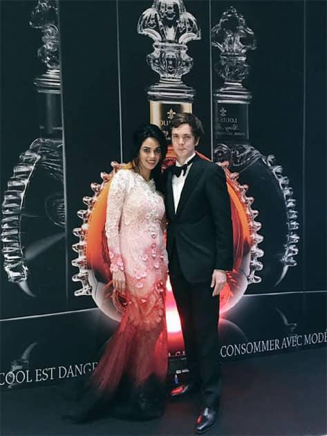 Met Florian Dubreuil, the charming brand ambassador of #LOUISXIIICognac #Cannes2016- twitter@mallikasherawat