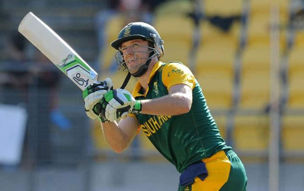 Soth African master blaster AB De Villiers is at the eighth position with 3167 runs in 117 matches.