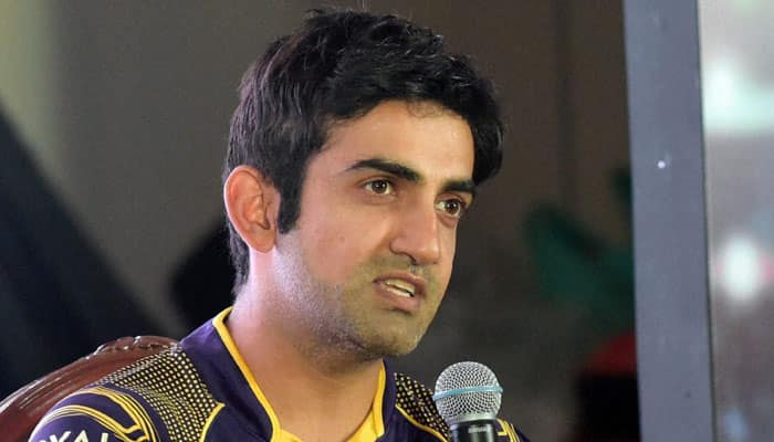 IPL 2016: Hilarious! When Gautam is 'Gambhir', he takes out anger on toothbrushes!