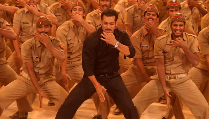 Don't expect me to dance like Hrithik Roshan and Tiger Shroff