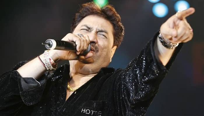 Kumar Sanu honoured on TV show 'Sa Re Ga Ma Pa'