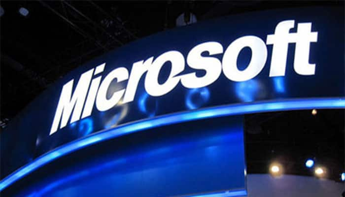 Microsoft wants Windows to open into mixed reality