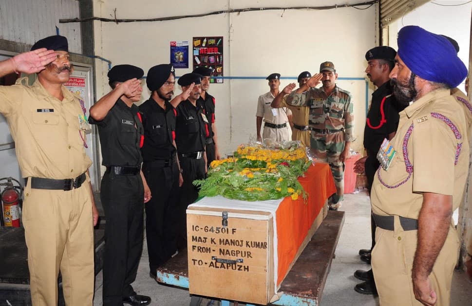 Army officials paying their respects to mortal remains of Maj K Manoj Kumar who died in a blast at CAD in Pulgaon, at Nagpur.