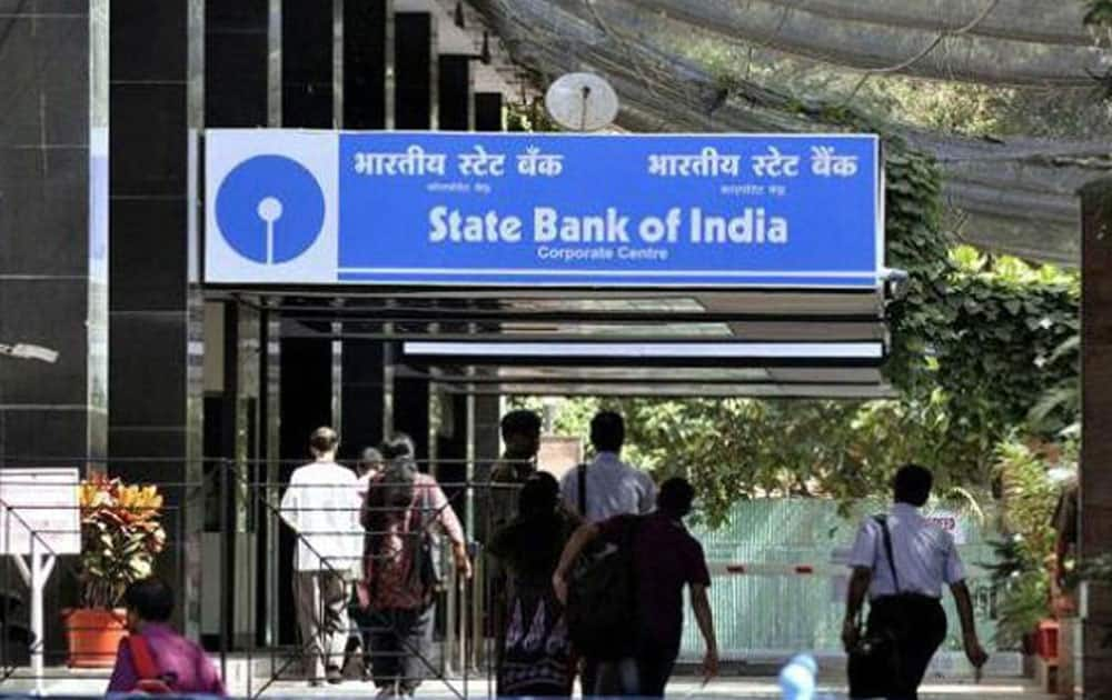 1. STATE BANK OF INDIA - Market capitalization - Rs 154,750.96 cr till june 3, 2016