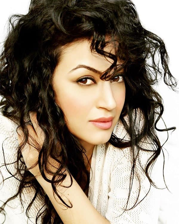 Good morning have a beautiful day #throwback #photoshoot #photography #jayeshsheth Twitter@MaryamZakaria