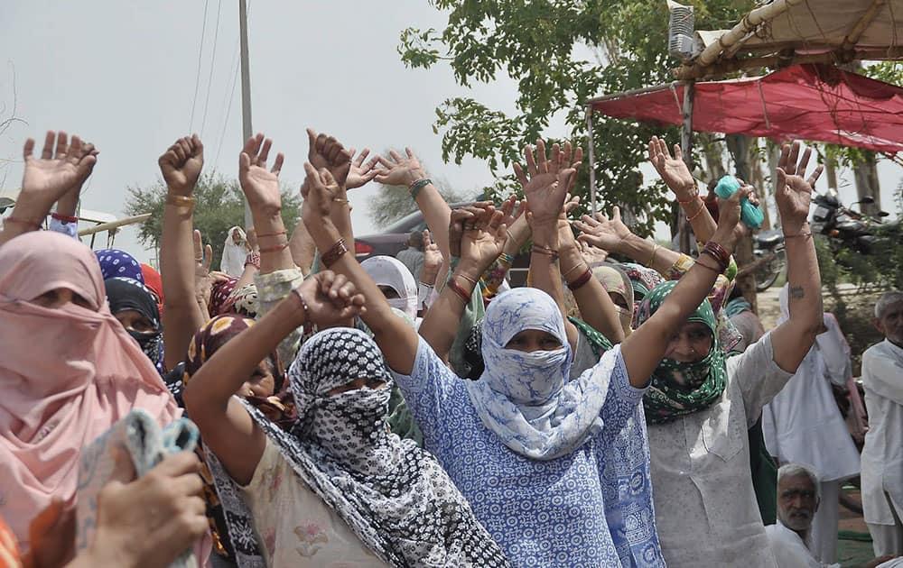 Jat protesters agitate