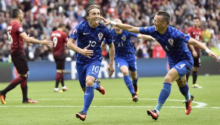 Luka Modric stunner sees Croatia past Turkey in Euro 2016