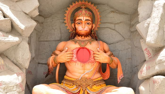 Do you have a desire to see Lord Hanuman? Chanting this secret mantra might help!