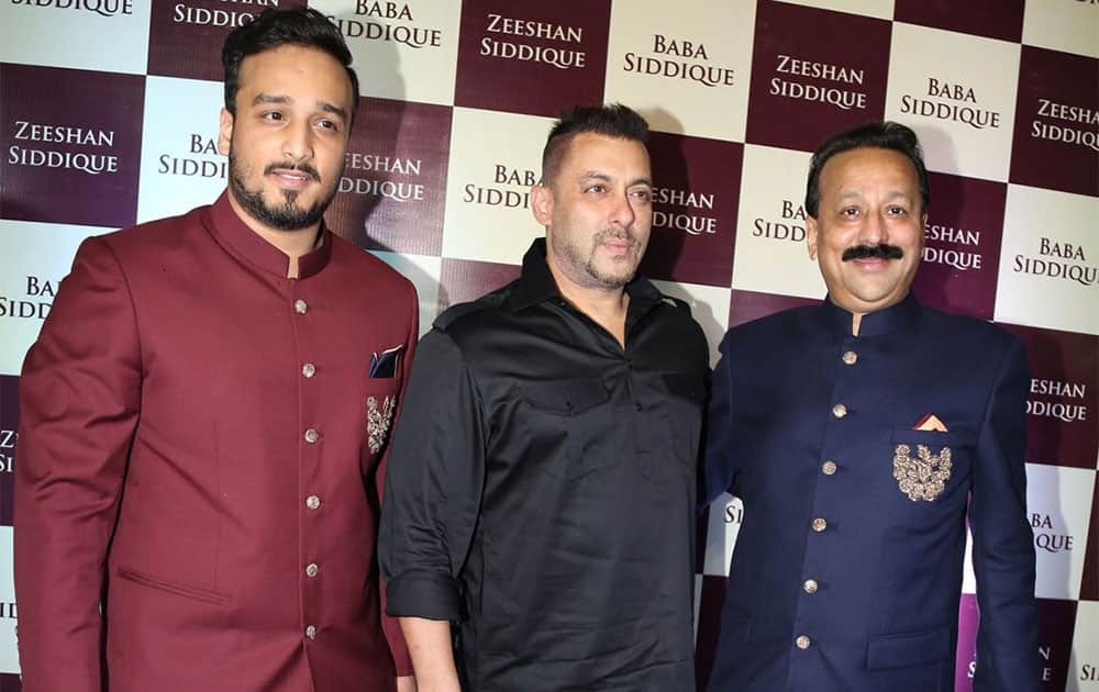 Stars galore at Baba Siddique's Iftar party