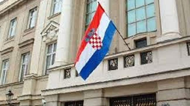 Croatia Parliament votes to dissolve, election by mid-September