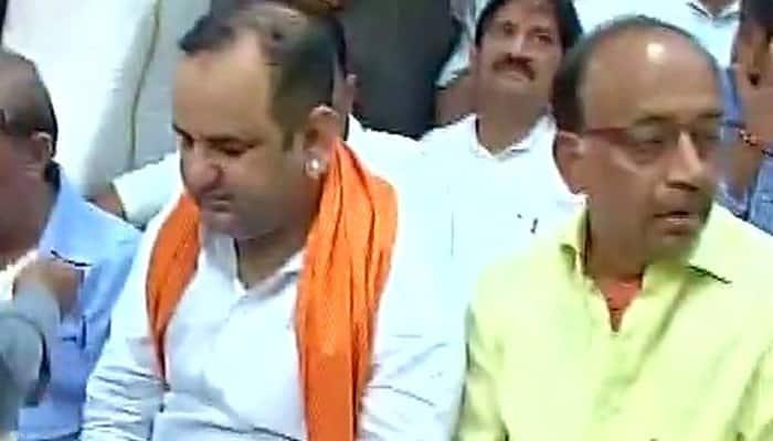 BJP MP Mahiesh Girri on 'dharna' near CM Arvind Kejriwal's residence sparks war of words
