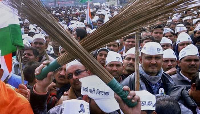 AAP demands action against L-G Najeeb Jung in MM Khan murder case