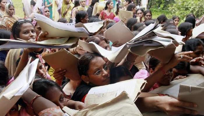 34 PhD holders and 12,000 engineers apply for 4th grade job in MP