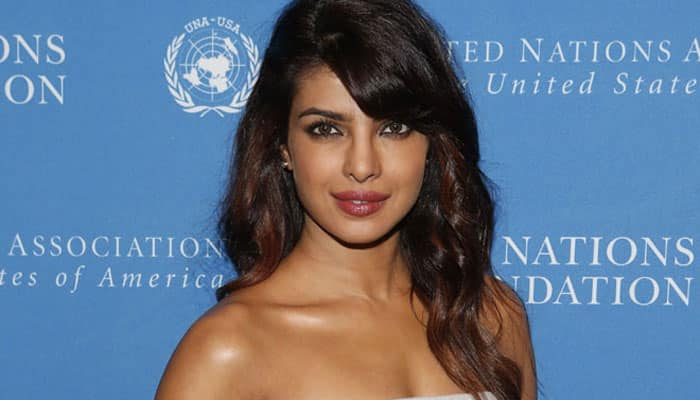 Priyanka Chopra to sing LIVE at IIFA for the first time ever! – Details inside