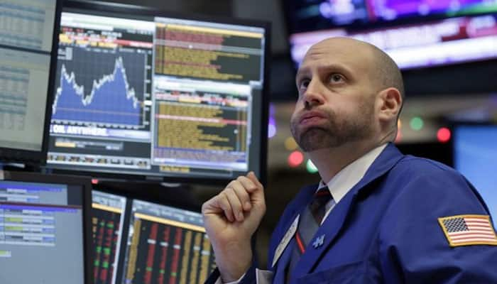 US stocks drop further; Dow, S&P 500 down 3%