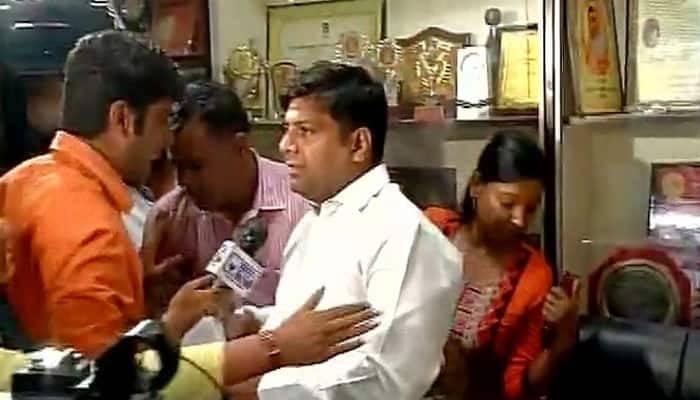 AAP MLA Dinesh Mohaniya arrested from press conference