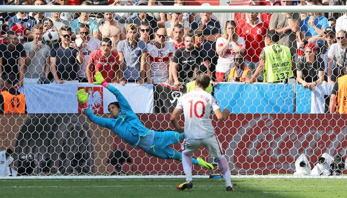 Euro 2016: Poland beat Switzerland in a nail-biting penalty shoot out
