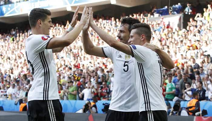 Euro 2016: Germany cruise into last eight with 3-0 Slovakia win
