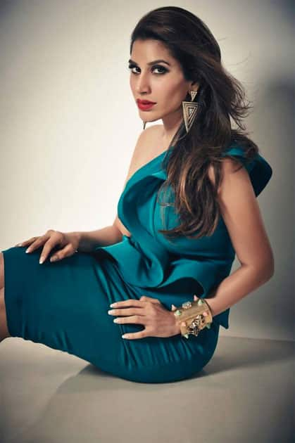 Curves & A red pout ..- SOPHIE CHOUDRY