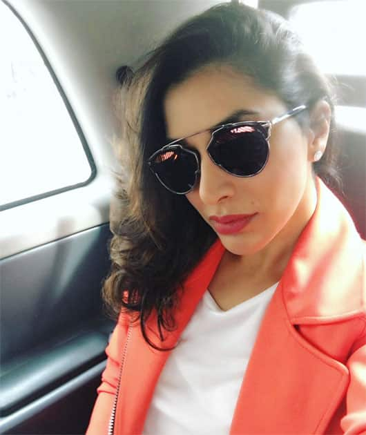Hello London- SOPHIE CHOUDRY