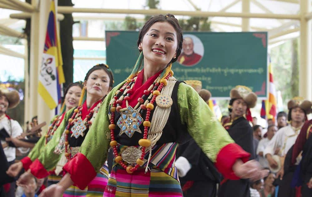 Artists from Tibetan Institute of Performing Arts